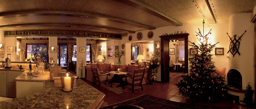 Hotel Haldenhof, Lech, Austria - Hotel bar and lounge area..jpg